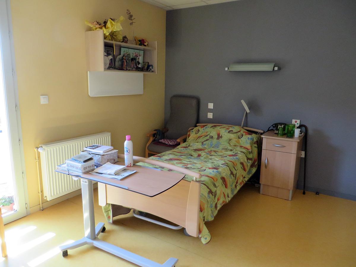 ehpad-allassac-correze-chambre-IMG_2831