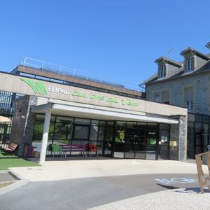 ehpad-allassac-correze-maison-de-retraite-entree